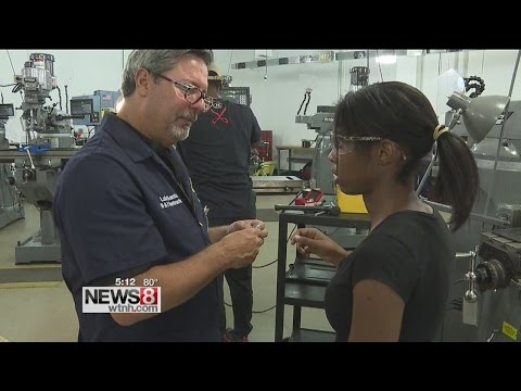 Training for advanced manufacturing at Naugatuck Valley Community College