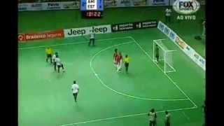 Невероятный гол Фалькао (Футзал)
