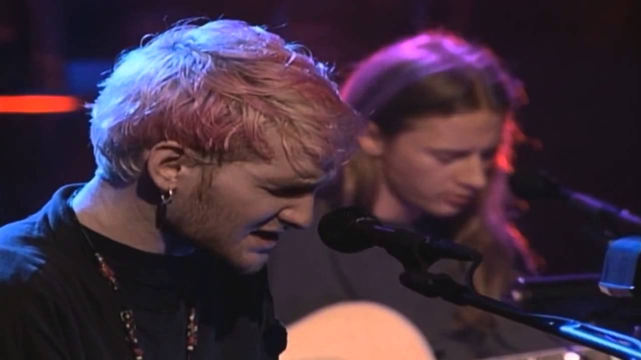 Alice in Chains - Down In A Hole Live at MTV Unplugged 1996