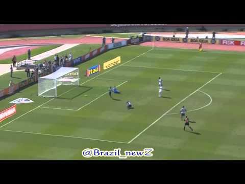 باتو ضد كوريتيبا (هدفين واسيست) pato 12-7-2015