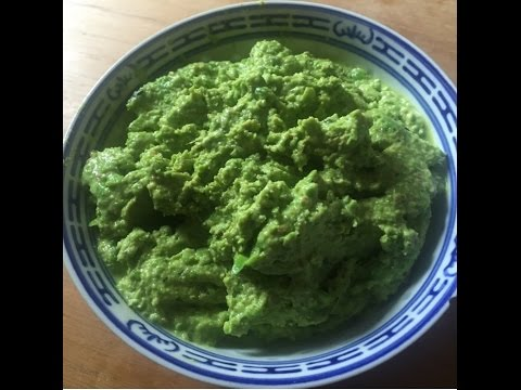 Spicy pea and mint dip
