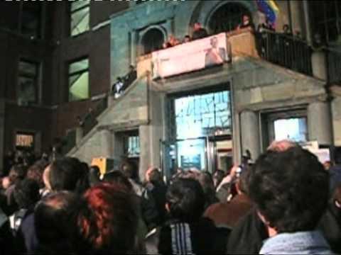 Hugo Chavez alla Camera del Lavoro di Milano