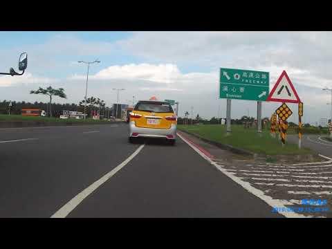 TDE-5512小黃違規行駛右轉道硬切逼迫讓道 跨越槽化線 雙白線變換車道未打方向燈