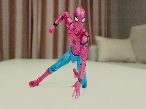 【吐嚎定格】蜘蛛侠参加踢瓶盖挑战,结果出人意料?