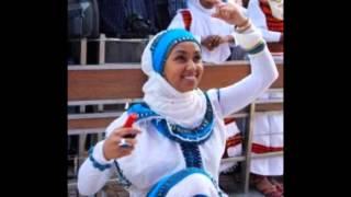 Zarihuun Wadaajoo - Asham yaa shubbee koo! Oromo love music.mp4