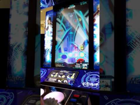 Neon FM Arcade - Baby gets down pro mode...