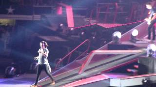 One Direction - C'mon C'mon - Dallas - 8.24.2014 Resimi