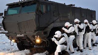 Инженерно-штурмовое подразделение захватывает огневые точки условного противника