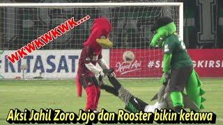 Download Video Tingkah konyol Jojo Zoro dan Rooster bikin ketawa - Persebaya vs PSM Makassar MP3 3GP MP4