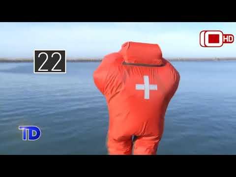 Probamos un traje de inmersión que no se hunde y mantiene la temperatura