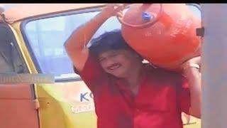 വടികൊടുത്തു മേടിച്ച അടി | Malayalam comedy | important movie scene