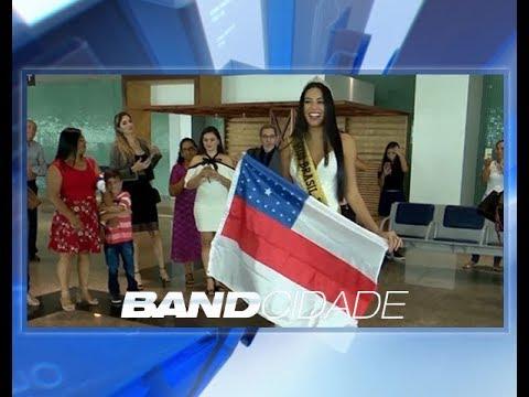 Miss Brasil retorna ao Amazonas e é recebida com festa no aeroporto