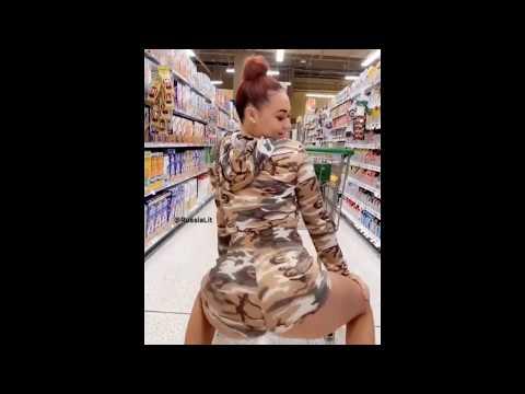 TWERK IN WALMART / VERY SEXY (2019) Naked Girls Twerking - (ADULT CONTENT !!!)