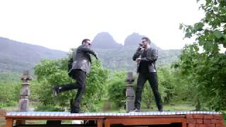 Download lagu Salman Khan & Kamaal Khan