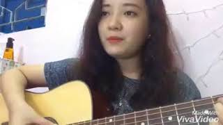 Em gái vừa chơi guitar vừa hát quá hay