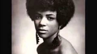 Gwen Owens & Group - Someone To Love / Mystery Of Love - Rem 105 - 1964