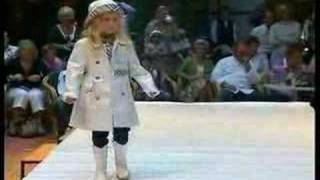 Coccinelle Kids Fashion Show Winter 2007 part 1 Thumbnail