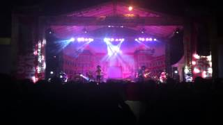 PAINFUL BY KISSES   WISH OF A LONELY MAN Live at Mall Bali Galeria, BALI