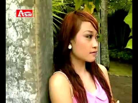 SERIBU BENANG CINTA meggi z @ lagu dangdut