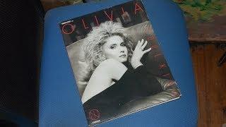 VHM28002 Olivia Newton John Soul kiss VHD Video disk