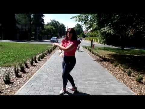 Konshens- Gal ting dance