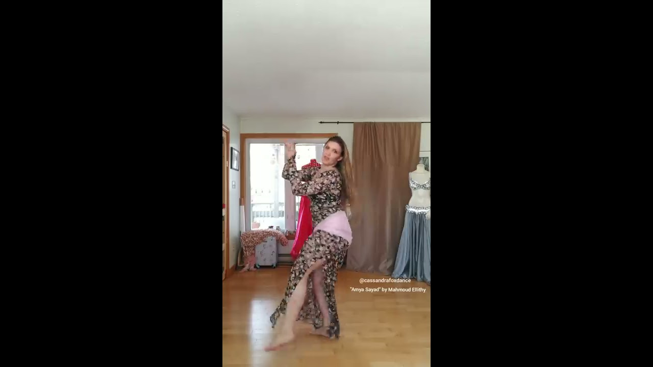 ae0cab6d2 Cassandra Fox belly dances to `Amya Sayad` by Mahmoud Ellithy by Cassandra  Fox