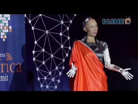 Robot yitwa Sophia mu mishanana yashimagije iterambere ry'u Rwanda