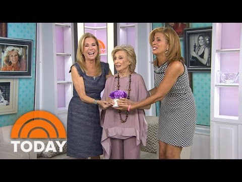Cloris Leachman Keeps KLG And Hoda On Their Toes | TODAY