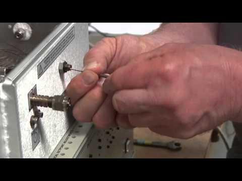 Install a column on an On-Column injector