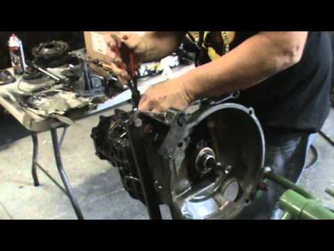 BUILDING A VW TRANSMISSION - YouTube