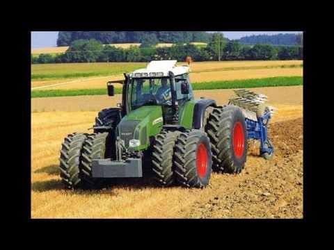 visací zámek-jede traktor
