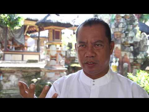 Balinese hinduism: Mangku