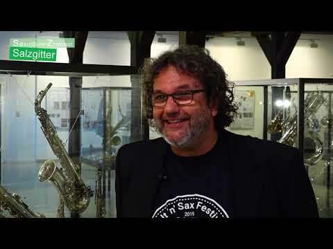 Saxophon-Ausstellung im Schloss