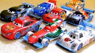 Cars2 Ice Racers Diecast Collection Moscow Race 4-Pack Juguete de Coches Derrapes sobre Hielo