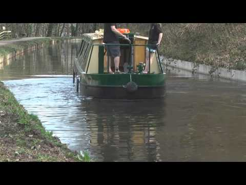 Canal holiday tips: Tricky situations on a narrowboat #5