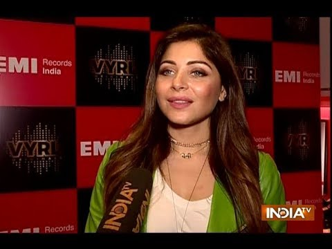 Kanika Kapoor is back with a bang with new song Cheater ...