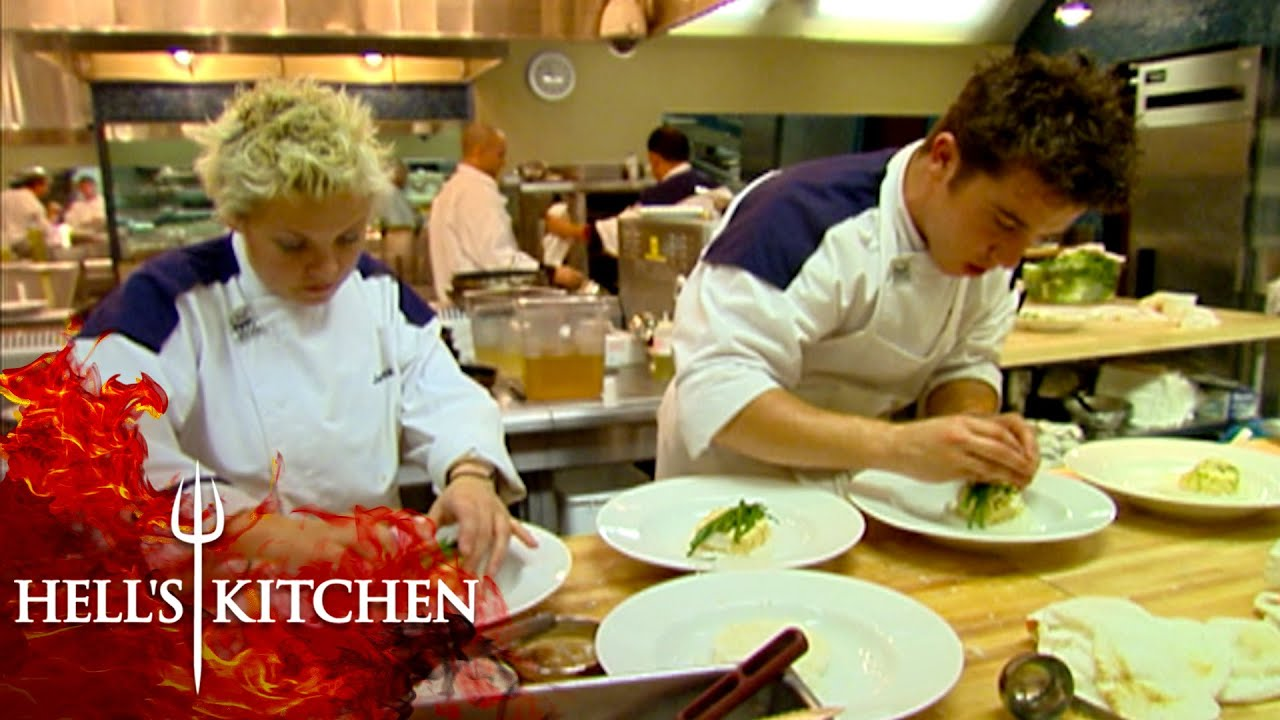Gordon FURIOUS Over Cold Plates   Hell's Kitchen