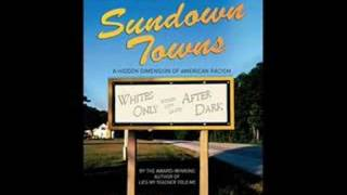 Gambar cover Sundown Towns by James Loewen (Mack Lessons Radio Show: 6/19/08) 2/2