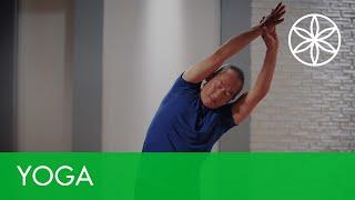 Flexibility Yoga for Beginners with Rodney Yee - Extend Your Reach | Yoga | Gaiam