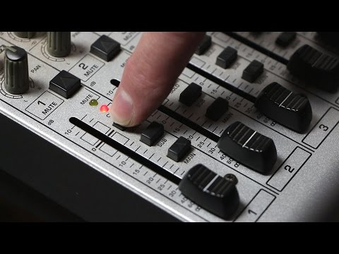 How to use a Behringer UB2222FX-PRO mixer for live sound reinforcement