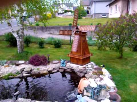 Moulin a vent decoratif youtube for Moulin en bois pour jardin
