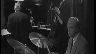 Jean Claude FOHRENBACH sax  Patrice GALAS piano  Pierre  MAINGOURD basse  Eric DERVIEU batterie