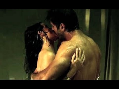 Ok Jaanu Hot Bed Scene Shraddha Kapoor And Aditya Roy Kapoor Hot Scene Youtube
