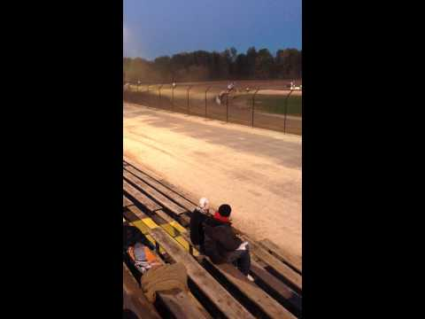 World of Outlaws Practice - Rolling Wheels Raceway