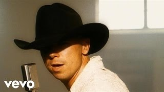 Watch Kenny Chesney I Go Back video
