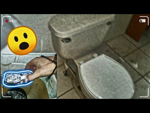Exploring A DRUG DEALERS House - DRUGS Found In A Toilet