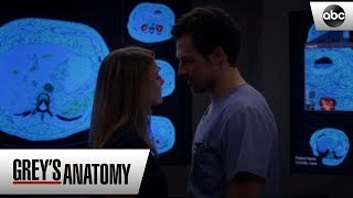 Deluca Confesses Feelings For Meredith – Grey's Anatomy Season 15 Episode 8