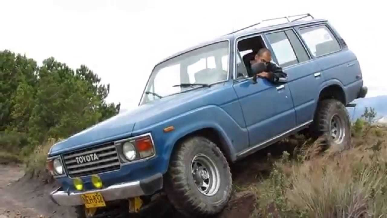 toyota land cruiser 60 series 4x4 offroad colombia youtube rh youtube com toyota land cruiser 70 series ute toyota land cruiser 70 series ute