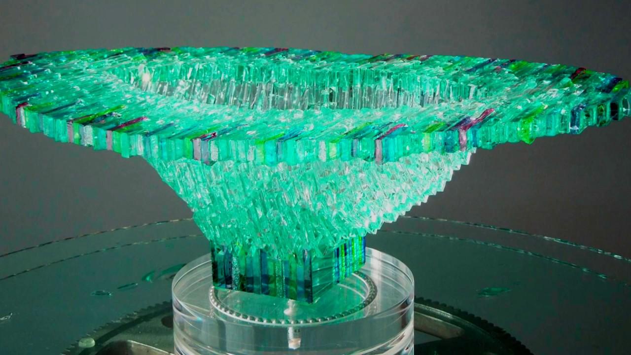 Плитка из стеклянных отходов как идея для дела