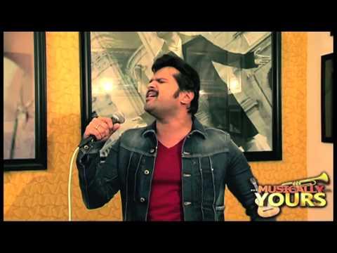 Himesh's Unplugged 'HUNGAMA' On 'Khiladi 786' In His Studio